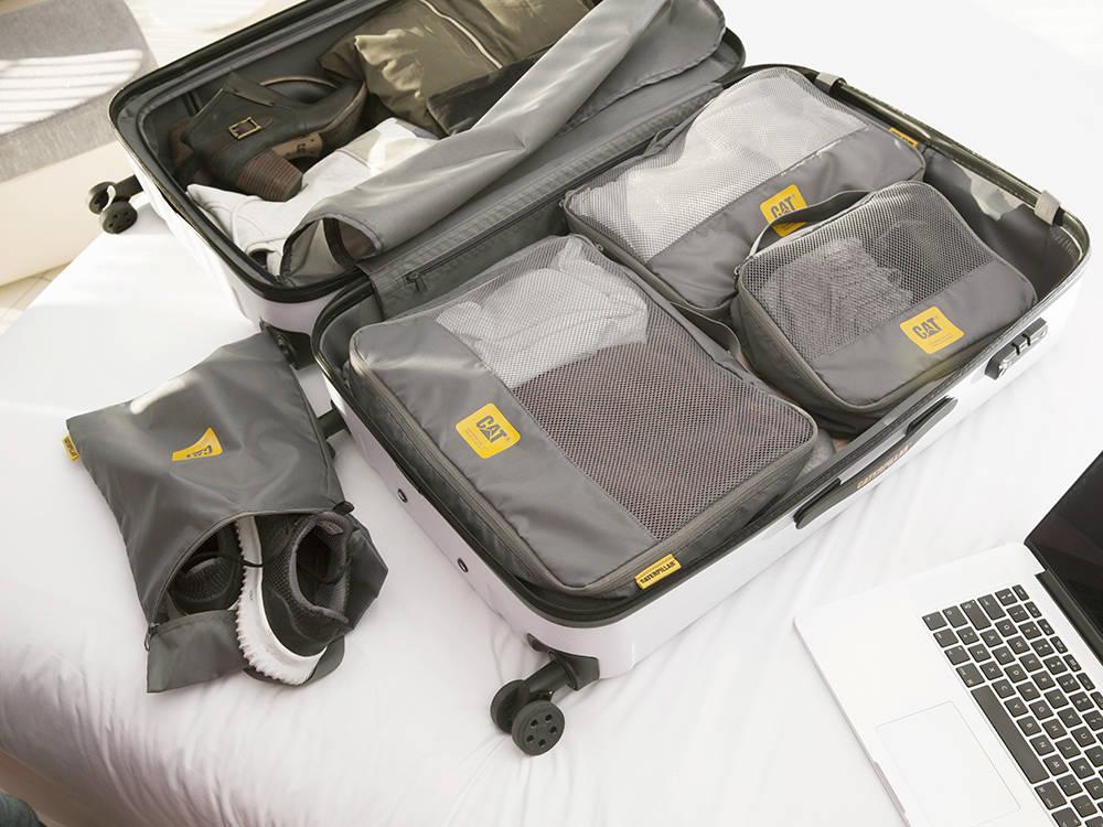 Zestaw pokrowców na ubrania CAT Caterpillar do walizki